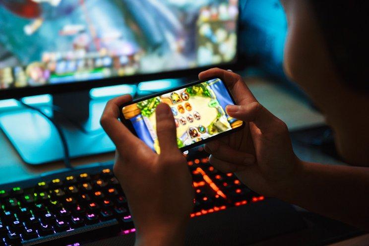 Memilih Ponsel Gaming