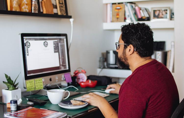 Tips Yang Bisa Kamu Gunakan Kalau Tertarik Untuk Menjadi Freelancer